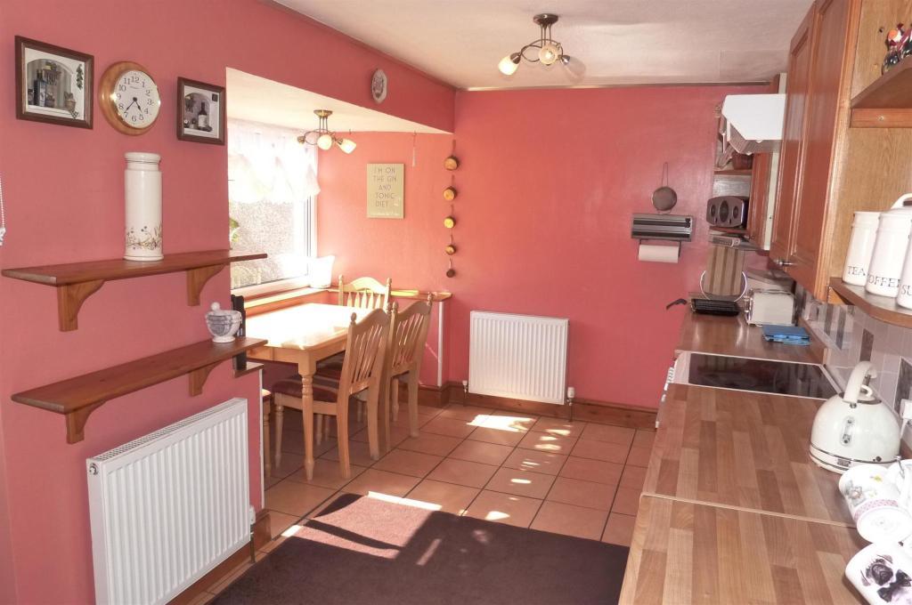 Dining Kitchen (2)