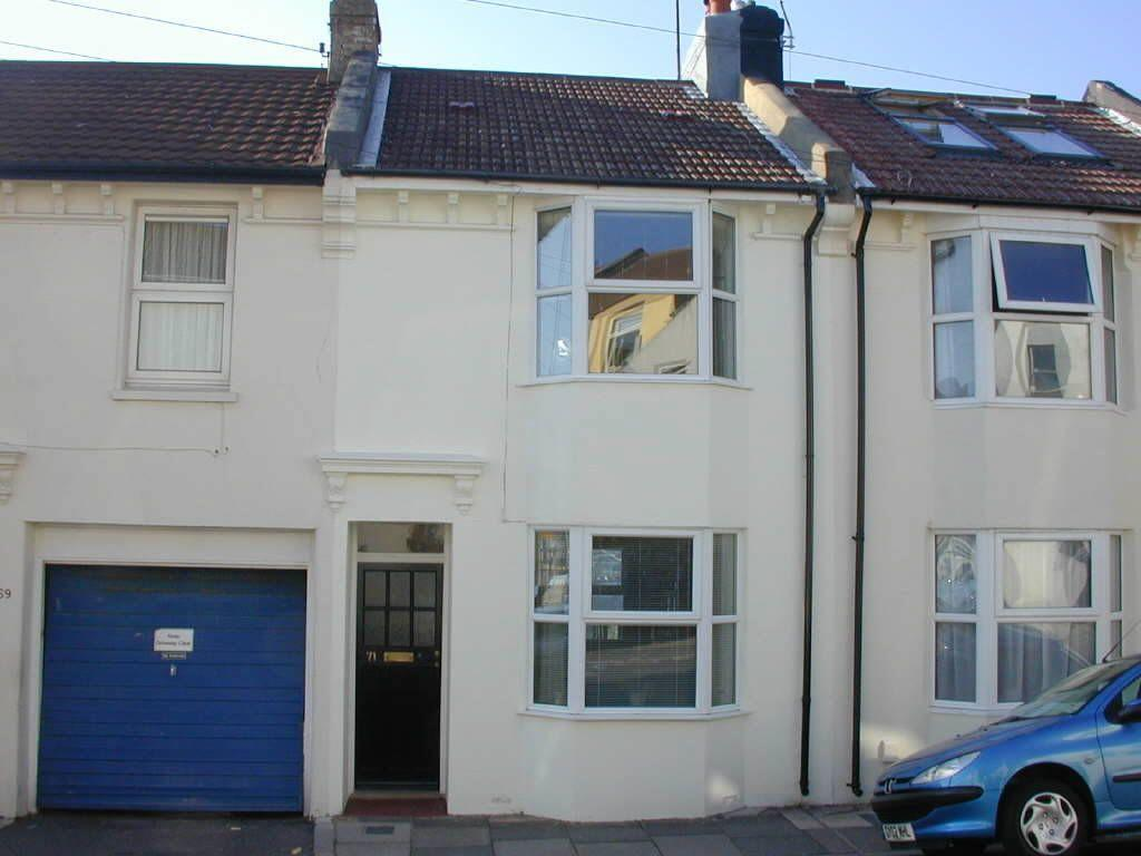2 Bedroom Terraced House To Rent In Whichelo Place Brighton Bn2 Bn2