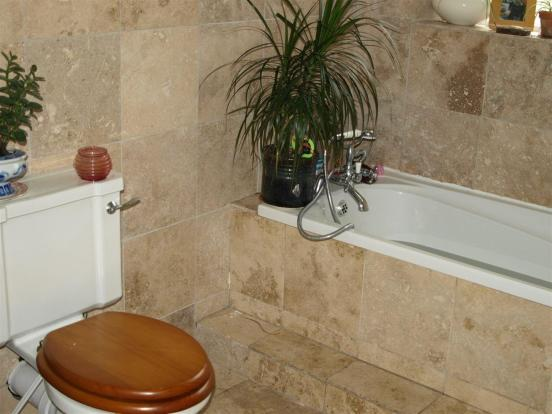 Ground Floor Bath/wc