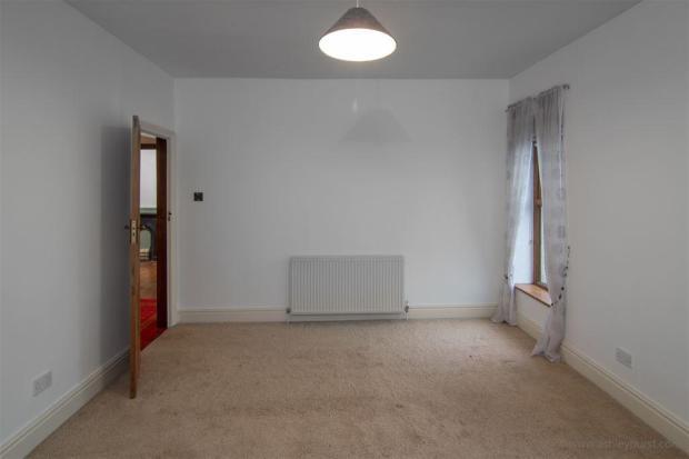 Bedroom 2 new (2)