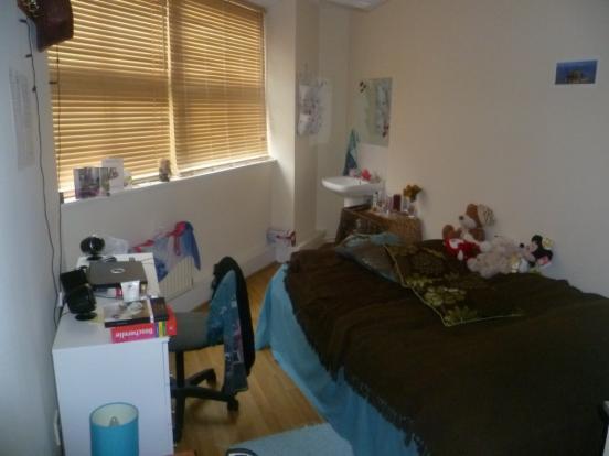 Bedroom 1K