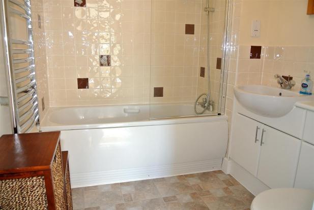 bathroom.new.jpg