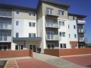 2 bed Apartment in Abbey wharf, Canal Road...
