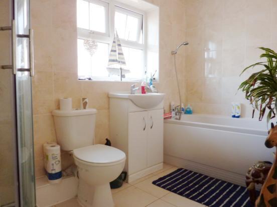 Bathroom / Shower Ro