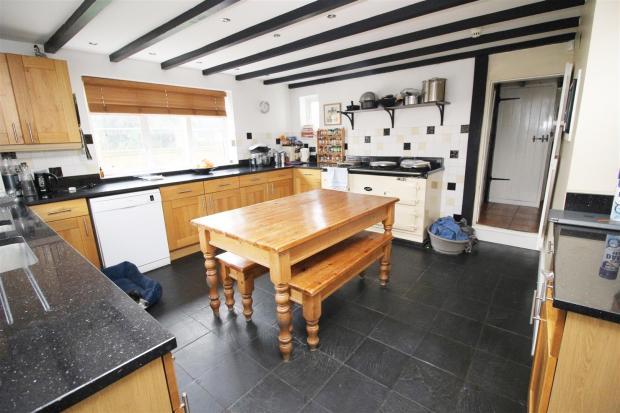 IMG_0627 Kitchen 1.J