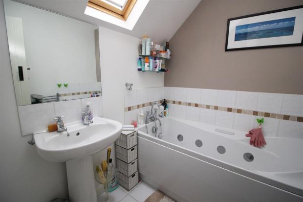 IMG_0625 Bathroom -