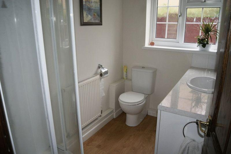 Shower / Cloakroom