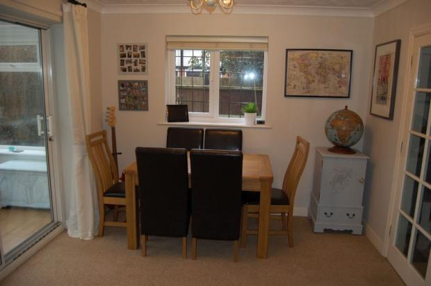 4 bedroom detached house for sale in edwinstowe close for Dining room northampton