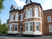 2 bedroom Flat in Lyttelton Road...
