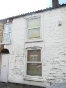 Terraced property to rent in Chelmsford Street...