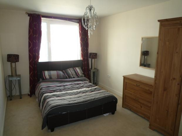 2 bedroom apartment to rent in fleet street brighton for Room to rent brighton