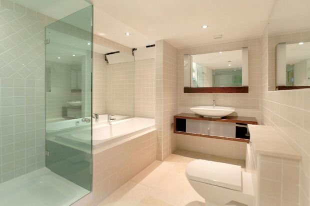 En Suite Bathroom 4