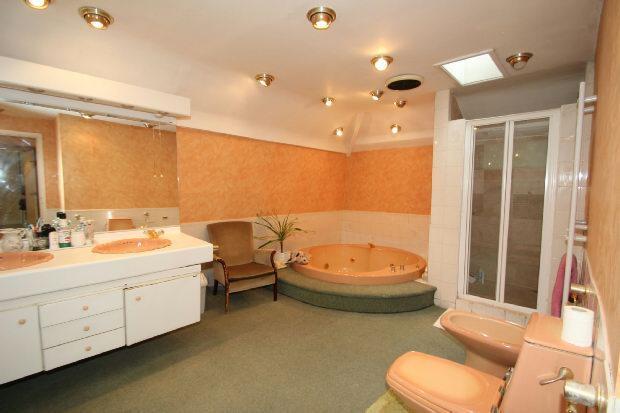 En Suite Bathroom 1