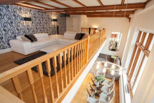 Mezzanine Living Are