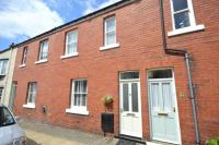 3 bedroom Terraced property in College Square...