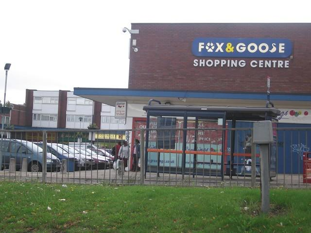 bedroom flat to rent in flat fox goose shopping centre washwood