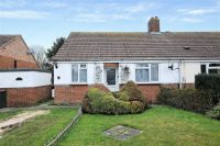 2 bed Semi-Detached Bungalow in Nobles Close, Botley...