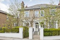 2 bed Apartment to rent in Church Road, Richmond TW9