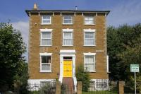 Apartment to rent in Sheen Road, Richmond