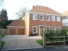 6 bed property to rent in Walton-On-Thames, KT12