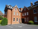 2 bedroom Apartment to rent in Westcar Lane, Hersham...