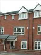 Town House to rent in Lowbrook Avenue...