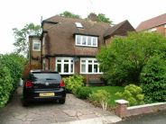 4 bed semi detached house for sale in Richmond Road...