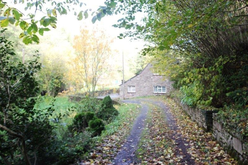 bedroom cottage for sale in forest coal pit abergavenny np7