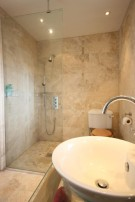 Master Ensuite