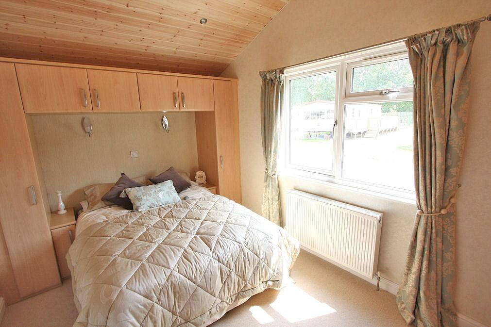 2 bedroom log cabin for sale in high farm country park for 2 bedroom log cabins for sale