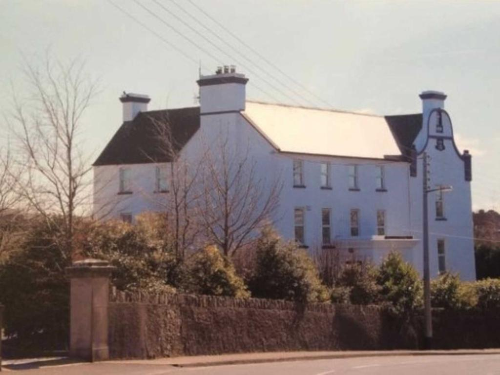 4 bed Detached house in The Turrets, Ballingarry...