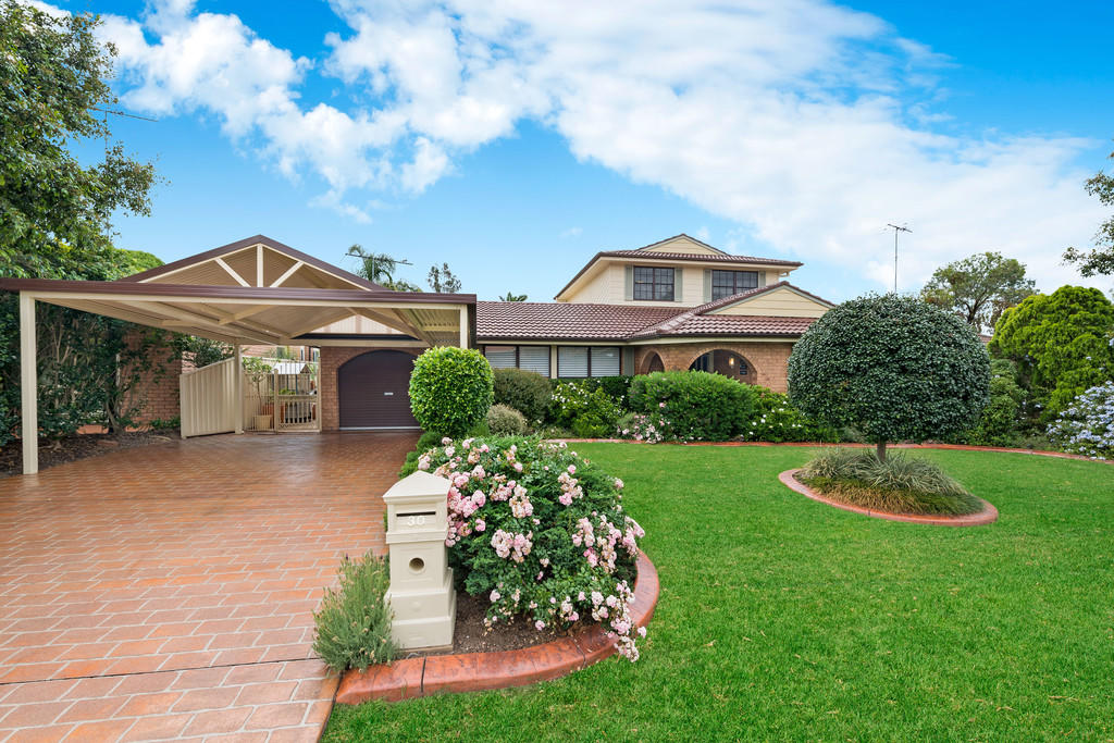 5 bedroom home in New South Wales, Sydney...