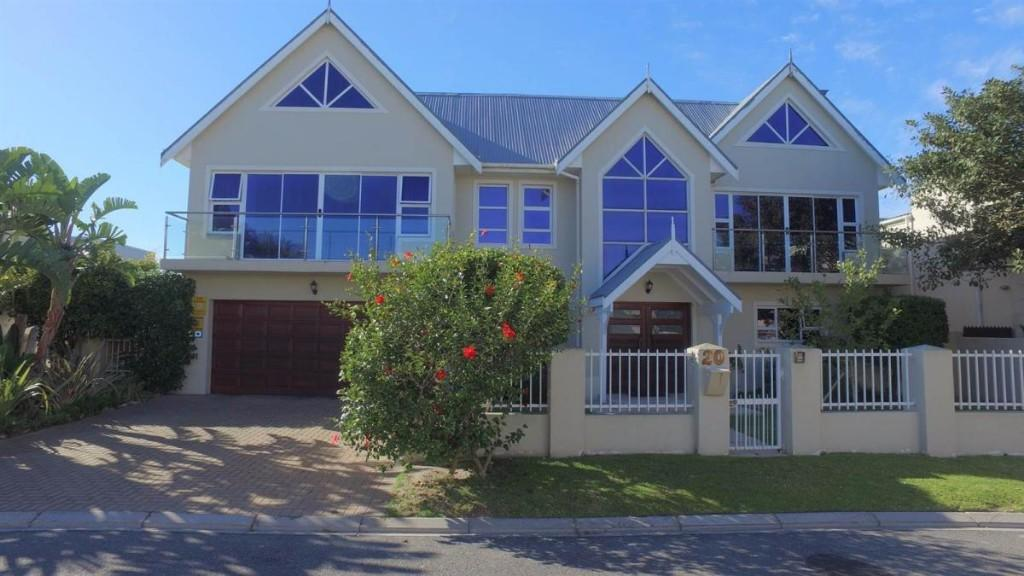Bloubergstrand house for sale
