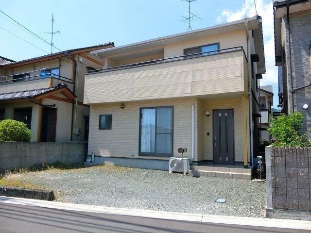3 bedroom house for sale in Ehime