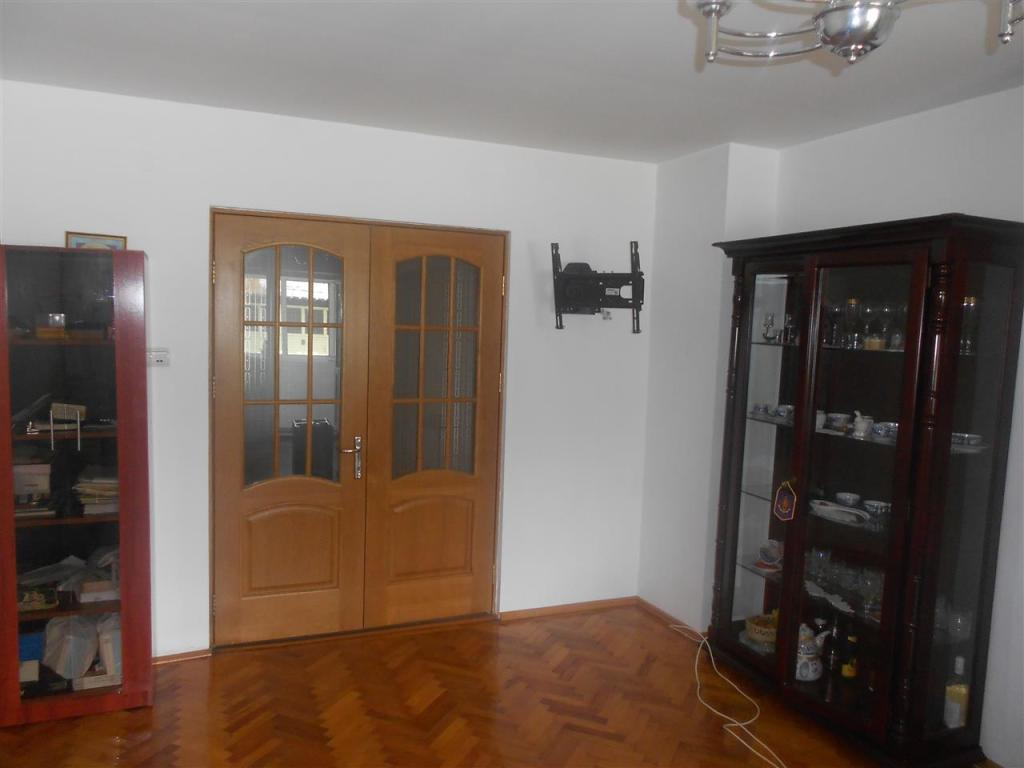 Flat for sale in Teleorman, Alexandria