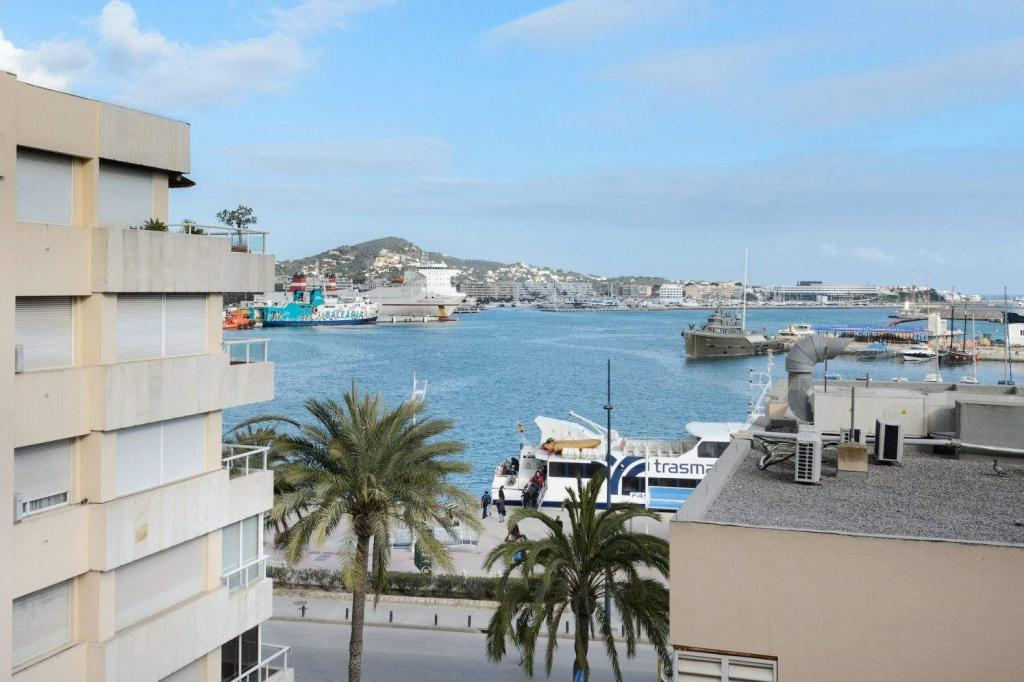 4 bed Apartment in Ibiza, Baleares, Spain