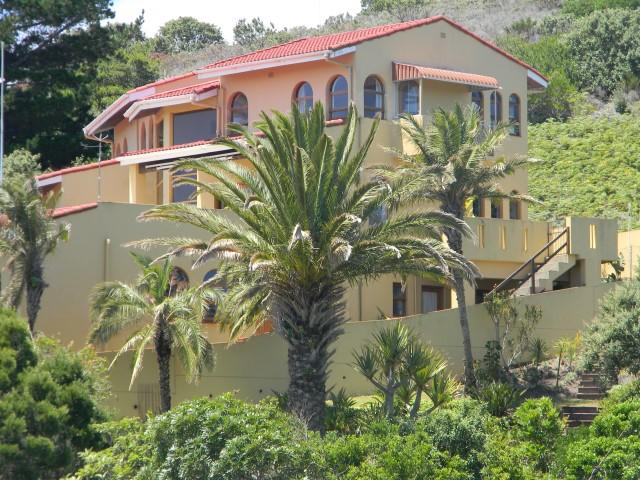 6 bedroom home for sale in Knysna, Western Cape