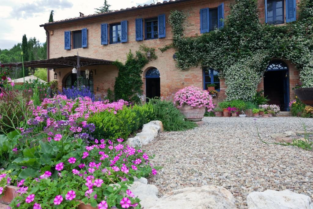 4 bedroom Farm House in Asciano, Siena, Tuscany