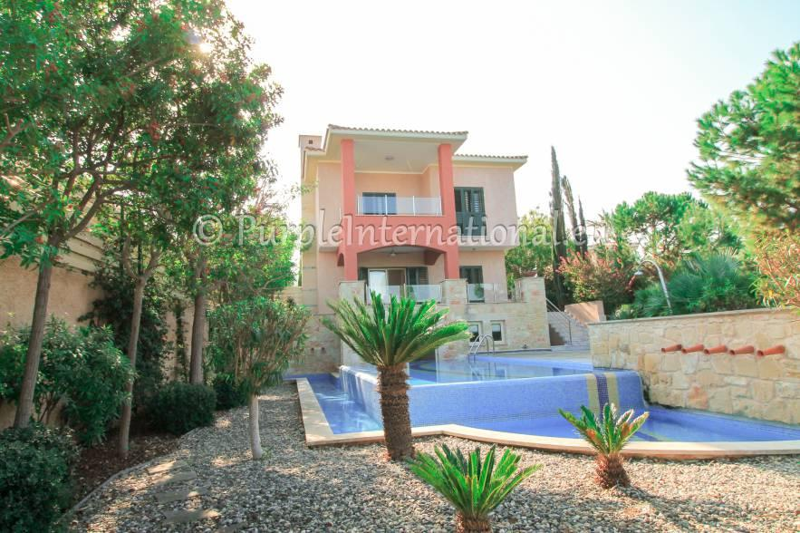 Villa for sale in Cyprus - Paphos, Latchi