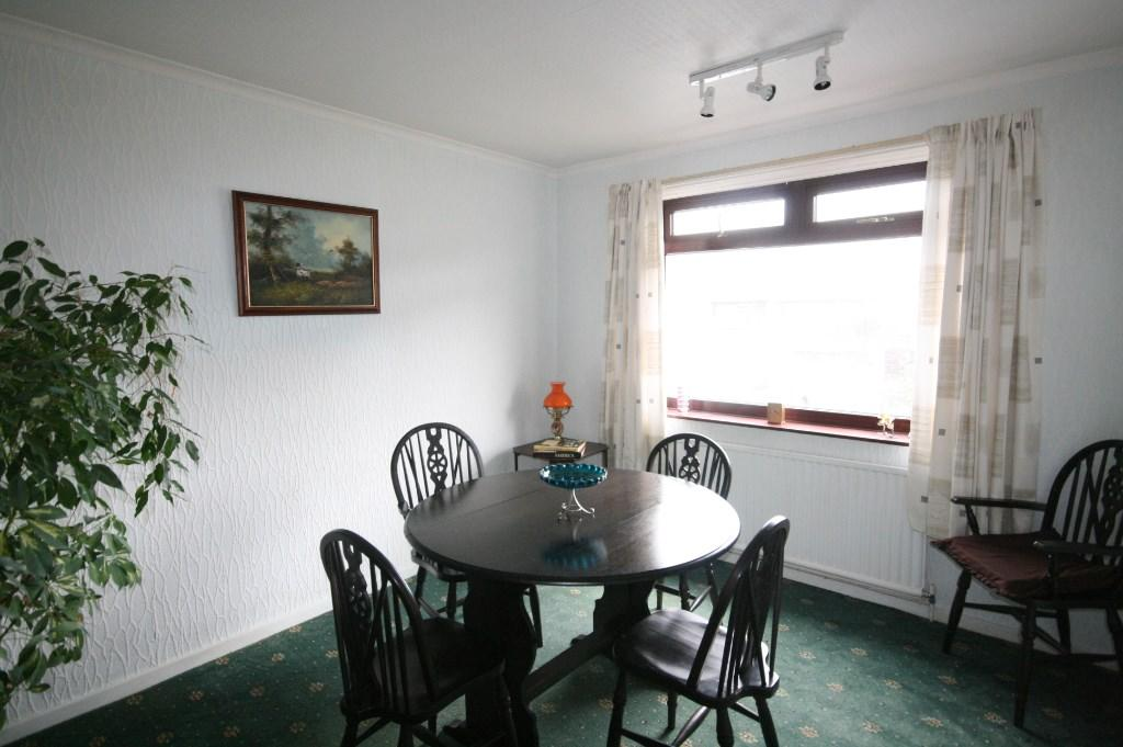 Bedroom 3/dining roo
