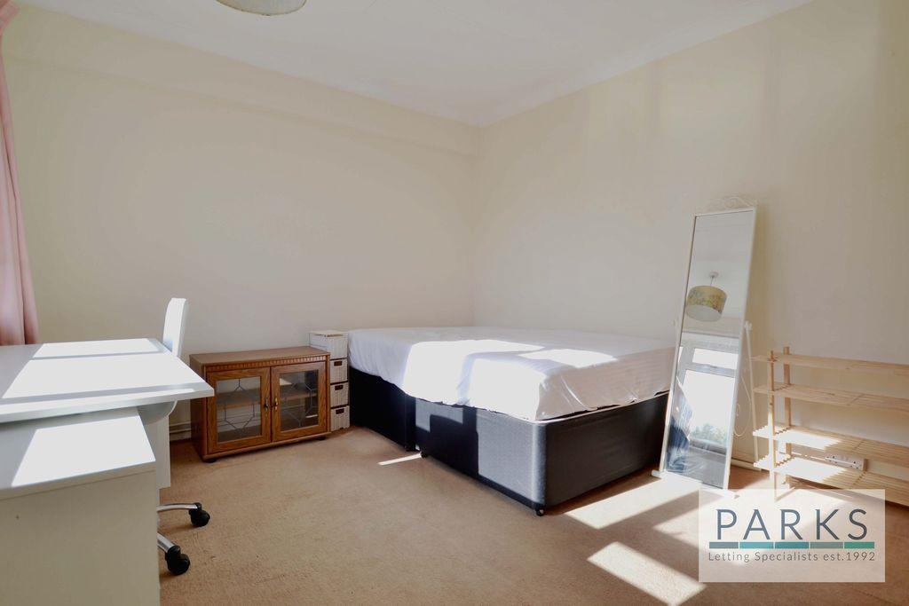 2 Bedroom Flat To Rent In Selsfield Drive Brighton East Sussex Bn2 Bn2