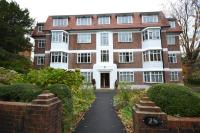 2 bed Flat to rent in Meyrick Park Mansions...