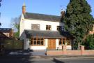 4 bed Detached property in Dunton Road...
