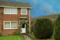 End of Terrace home in Viburnum Close