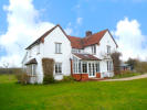 5 bed Country House for sale in Boreham Road...