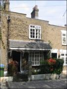 2 bedroom Cottage in Rockstone Lane...