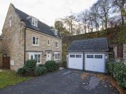 5 bed Detached property for sale in Tufters Fold...