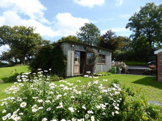 WORKSHOP/GARDEN SHED