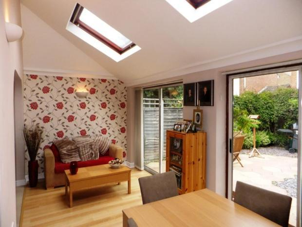 3 bedroom semi detached house for sale in harvest close for 3 bedroom house extension ideas