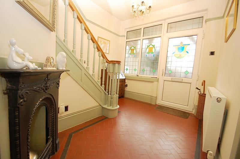 Feature Entrance Hall